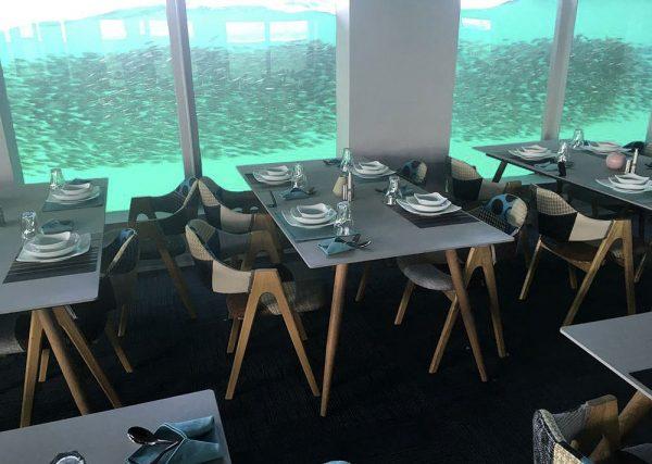 رستوران زیر دریایی اوآنس
